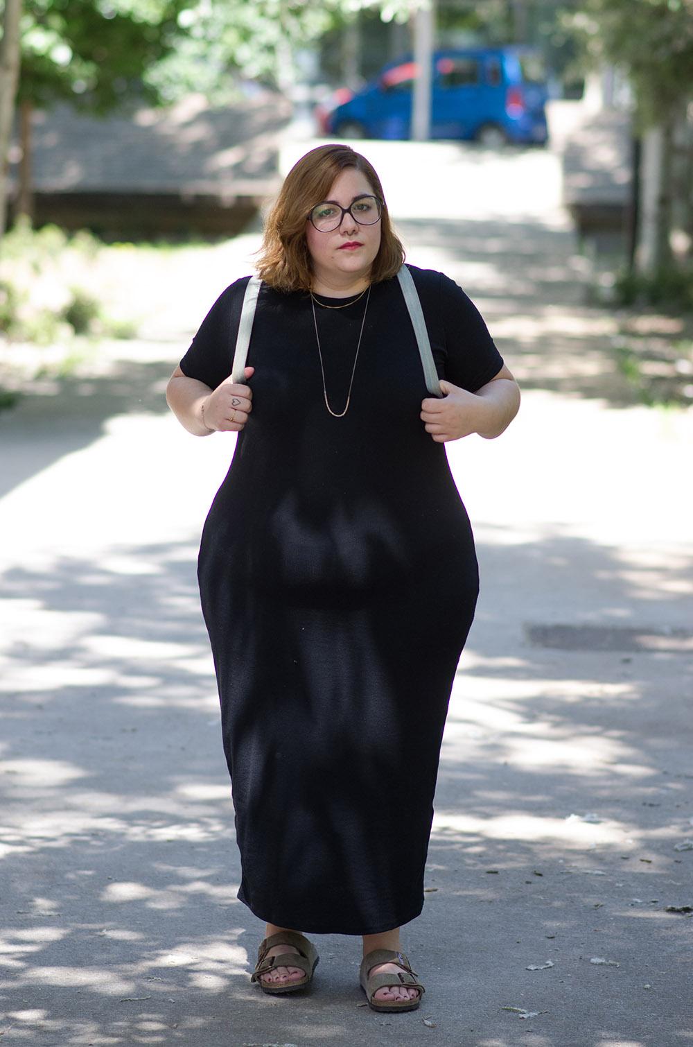 Vestido básico con birkenstock