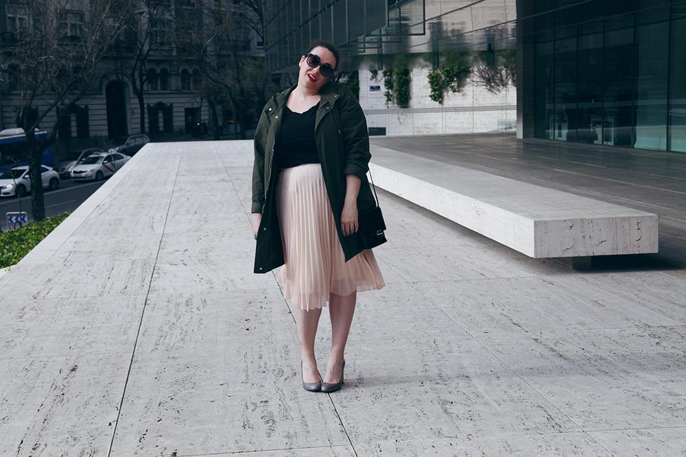 Falda plisada rosa-soy curvy-7