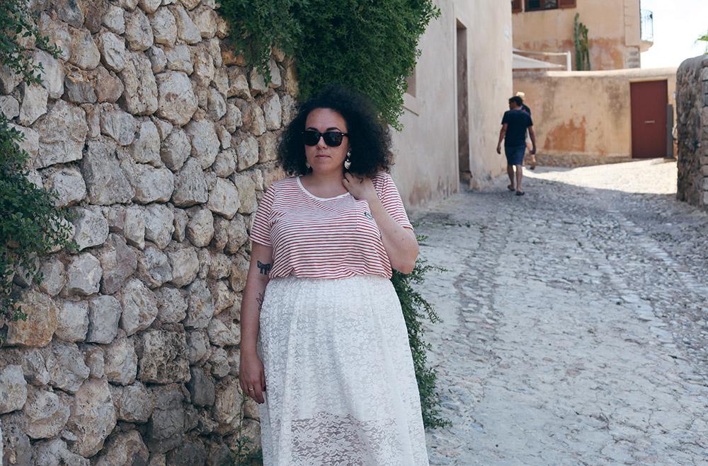 Falda de encaje y camiseta rayas-8