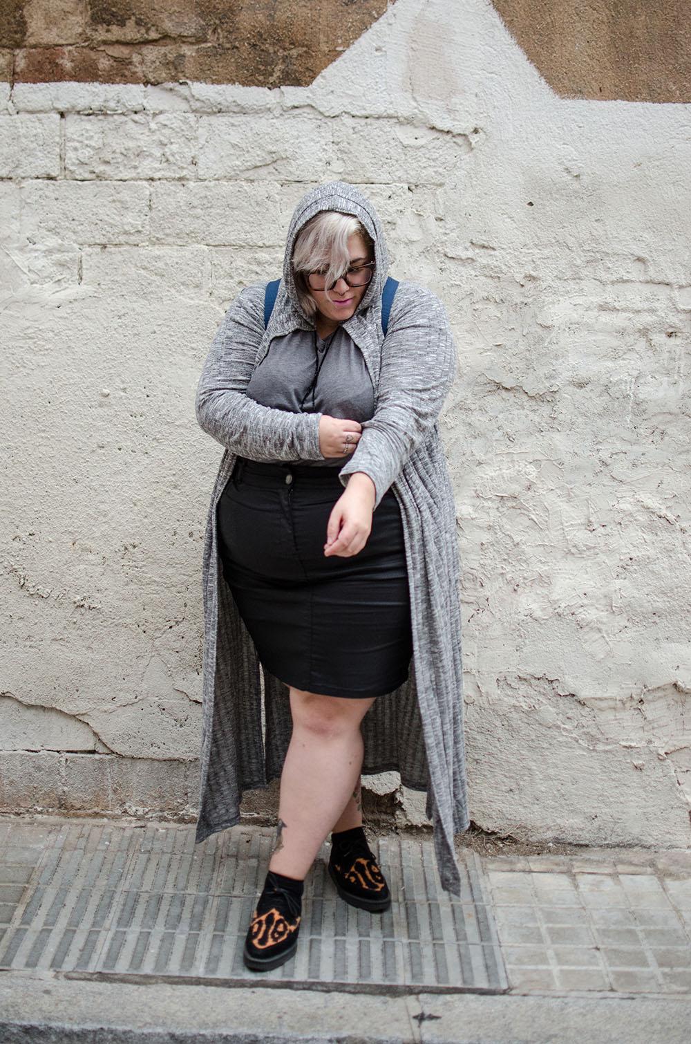 chaqueta-oversize-gris