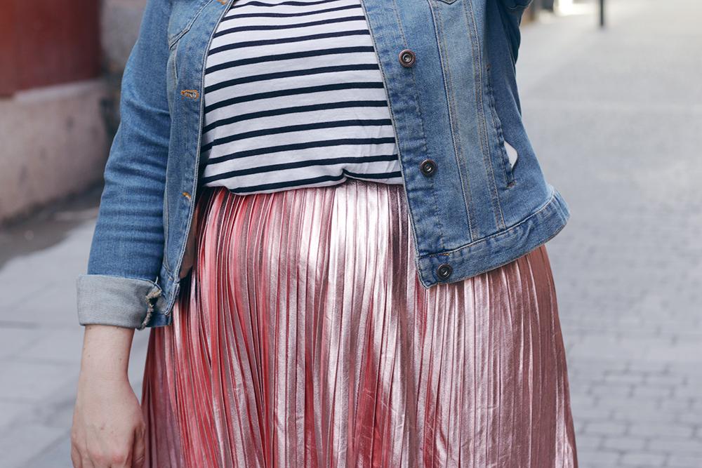 Falda metalizada-soy curvy-3