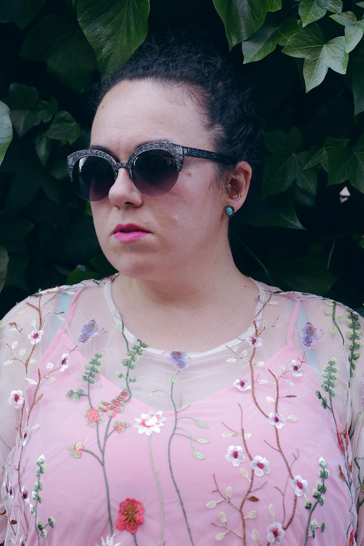 vestido flores asos-soy curvy